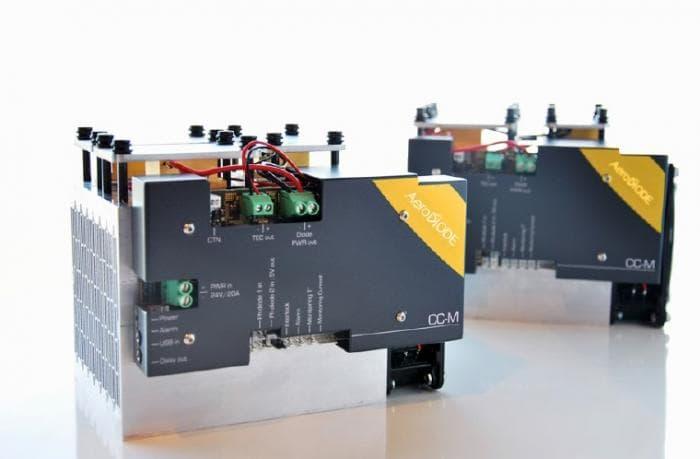 LD用パルスジェネレーター搭載電源(高出力タイプ)CC-M